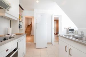 Duplex Three-Bedroom Apartment - Eiffel Tower