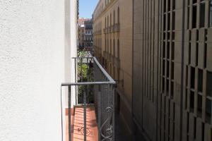 Hostal Operaramblas, Гостевые дома  Барселона - big - 25