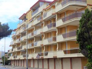 Apartment Les Cigalines, Apartmanok  Narbonne-Plage - big - 16