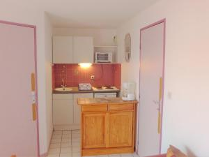 Apartment Les Cigalines, Apartmanok  Narbonne-Plage - big - 8