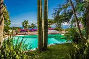Villa Enaria - AbcAlberghi.com