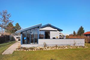 Juelsminde, Дома для отпуска  Sønderby - big - 1