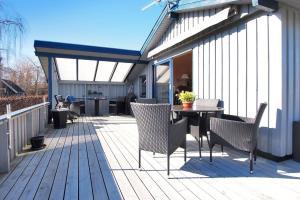 Juelsminde, Дома для отпуска  Sønderby - big - 4