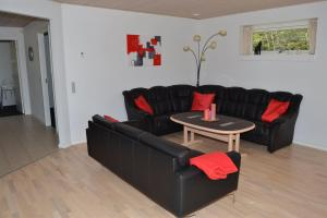 Four-Bedroom Holiday Home in Ribe, Ferienhäuser  Ribe - big - 17