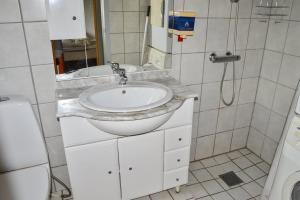 Toftlund, Ferienhäuser  Toftlund - big - 8