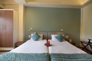 OYO 6429 Hotel Pearl, Отели  Пуне - big - 26