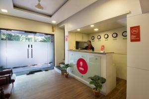 OYO 6429 Hotel Pearl, Отели  Пуне - big - 18
