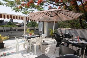 OYO 6429 Hotel Pearl, Hotel  Pune - big - 21