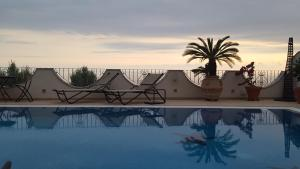 La Suite del Faro, Bed and breakfasts  Scalea - big - 32