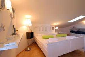 Apartments Papalinna, Apartmány  Malinska - big - 33