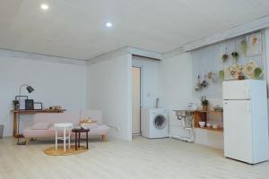 La Casa - The Hide Away Studio, Apartments  Hanoi - big - 17