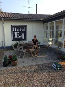 Hotel E4