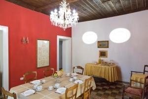 Palazzo Toraldo di Francia, Отели типа «постель и завтрак»  Тропеа - big - 59