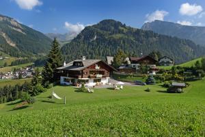 Mountain Chalet Pra Ronch - AbcAlberghi.com