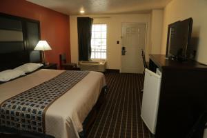 Budget Inn - Washington, Motels  Washington - big - 22