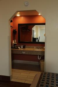 Budget Inn - Washington, Motels  Washington - big - 25