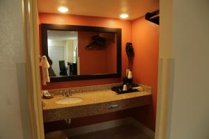 Budget Inn - Washington, Motels  Washington - big - 16