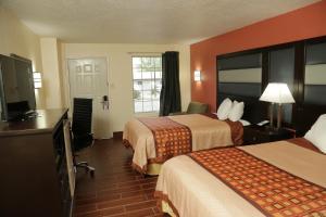 Budget Inn - Washington, Motels  Washington - big - 40