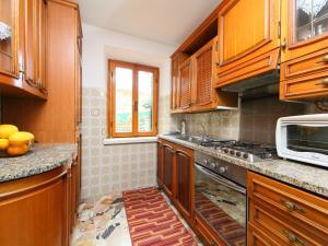 Locazione turistica La Gora, Holiday homes  Massarosa - big - 11