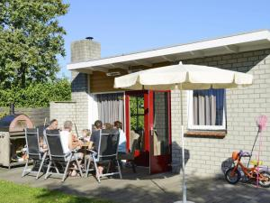 Holiday Home Brouwersdam.5, Holiday homes  Ouddorp - big - 10