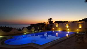 La Suite del Faro, Bed and breakfasts  Scalea - big - 38
