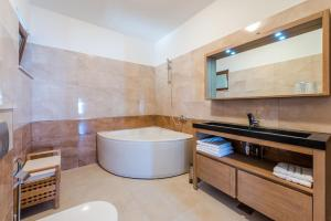 Apartments Villa Made 4U, Apartments  Mlini - big - 43
