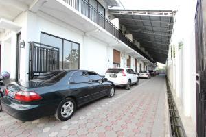 RedDoorz Plus near RS UGM, Vendégházak  Yogyakarta - big - 9