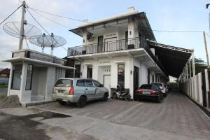 RedDoorz Plus near RS UGM, Vendégházak  Yogyakarta - big - 10