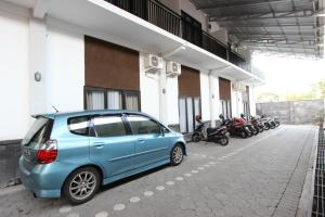 RedDoorz Plus near RS UGM, Vendégházak  Yogyakarta - big - 11