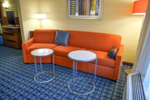 Fairfield Inn & Suites by Marriott Canton South, Hotels  Canton - big - 14