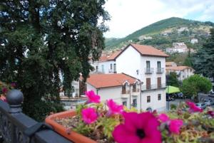 Ostello Beata Solitudo, Bed & Breakfasts  Agerola - big - 7