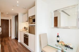 Native Canary Wharf, Apartmány  Londýn - big - 4