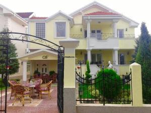 Vila Kraljevski 1, Appartamenti  Kumanovo - big - 53