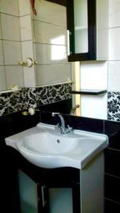 Vila Kraljevski 1, Appartamenti  Kumanovo - big - 12
