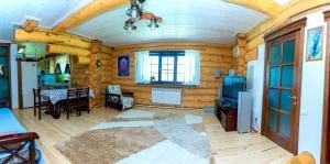 Гостевой дом Кедровый дом, Чепош