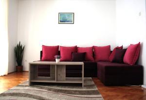 Apartmani Marina, Ferienwohnungen  Kotor - big - 1