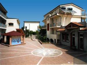 Aquamarine Residence, Apartmanhotelek  Davoli - big - 1