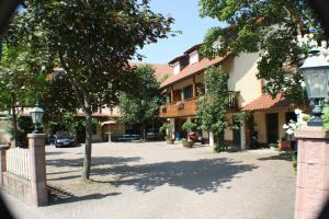 Gasthaus Hotel Sonne, Отели  Шлинген - big - 20