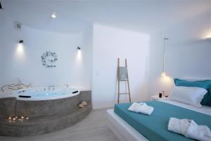 Yades Suites - Apartments & Spa, Aparthotely  Naousa - big - 56