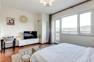 The Modern Holiday Villa Beijing Gubeikou Branch, Apartments  Miyun - big - 16