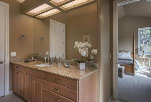 Pacific's Edge Sanctuary - Five Bedroom Home - 3707, Holiday homes  Carmel - big - 22