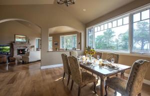 Pacific's Edge Sanctuary - Five Bedroom Home - 3707, Dovolenkové domy  Carmel - big - 17