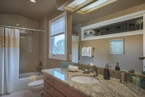 Pacific's Edge Sanctuary - Five Bedroom Home - 3707, Dovolenkové domy  Carmel - big - 7