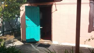 Guesthouse Peschanka, Penzióny  Mariupol' - big - 44