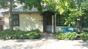 Guesthouse Peschanka, Penzióny  Mariupol' - big - 1