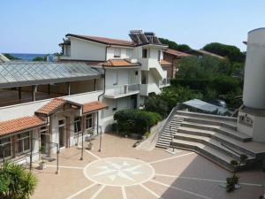 Aquamarine Residence, Apartmanhotelek  Davoli - big - 24