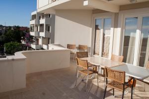 Apartments Mirage, Apartments  Novalja - big - 48