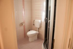 Apartments Mirage, Apartments  Novalja - big - 51