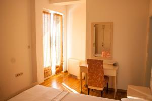 Apartments Mirage, Apartments  Novalja - big - 56
