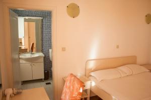 Apartments Mirage, Apartments  Novalja - big - 57